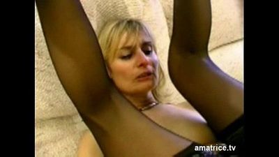 Blonde mature cheats on her husband - 5 min