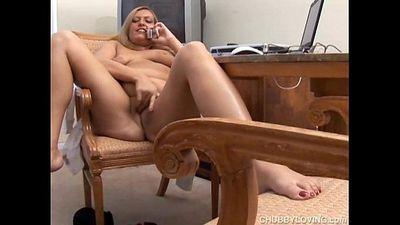 Chubby big tits amateur phone sex - 5 min