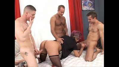 Mature granny learning gangbang sex - 4 min