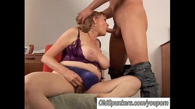 Beautiful big tits MILF gives a great blowjob - 9 min