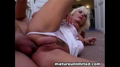 Sweet moms ass get fuck - 9 min