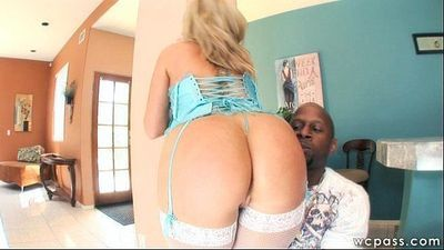 Flower Tucci Big Ass Anal - 7 min
