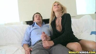 Brooke Tyler gets pussy pounded in Boner Bonus by BigTitsBoss - 7 min