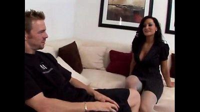 Japornvideos.comLisa Ann teases her daughter s boyfriend