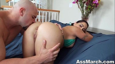 Big Booty Julianna Vega Fucks Big Dick