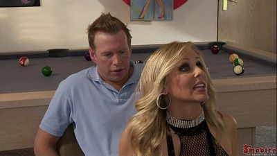 Alexis Texas, Julia Ann -alexis learns how to be a stripper