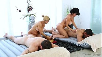 Foursome MassageVeronica Avluv, Alexis FawxHD