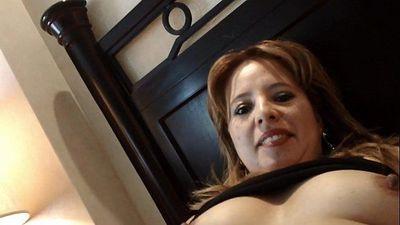 Masturbando a Madura( Mexican Mature) - 1 min 33 sec