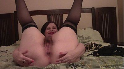 Hairy Fat Wife Shows Off Her Hairy Cunt - 48 sec HD
