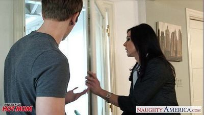 Superb mom Kendra Lust gets nailed - 8 min HD