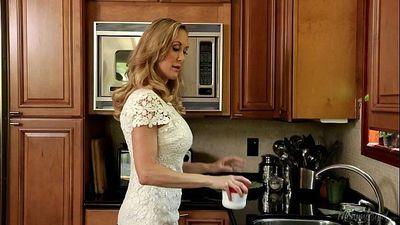 Brandi Love teaching her Step Daughter Tara Morgan - 6 min HD