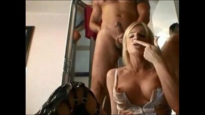 Milf Pussy and Ass Fucked - 6 min