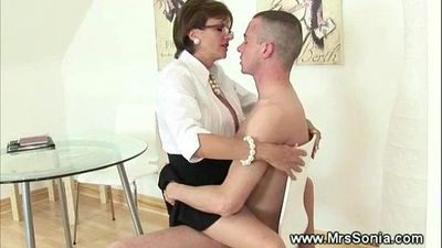 Cuckold watches wife ride - 5 min