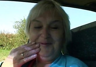Granny getting pounded in the car - 6 min
