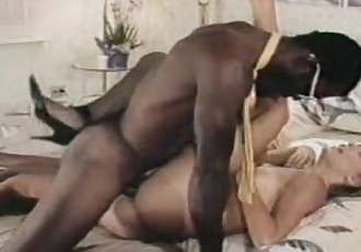 Ron Vintage Scene - 4 min