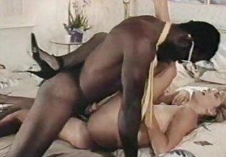 Nina Hartley and Ron Jeremy - 4 min