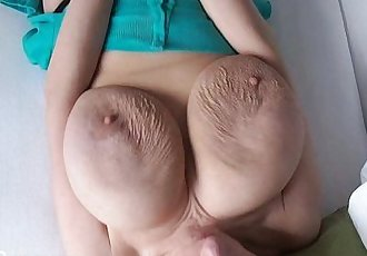 Barbara sloppy floppers jiggling - 35 sec HD