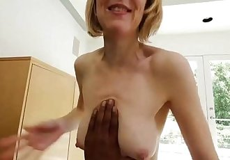 Mature MILF Wants To Be In A Rap VideoHD