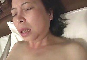 Asian granny masturbates - 6 min