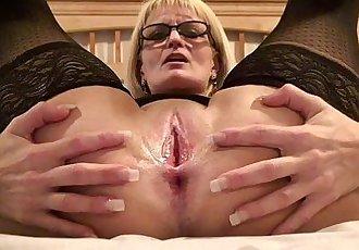 Marie WadsWorthy mature milf slutHD