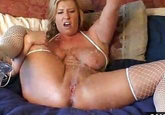 Squirting Show off Free Mature Porn Video - 2 min
