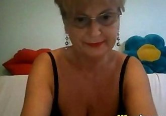 Big tits granny in glass masturbating on cam - 8 min