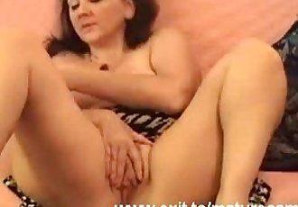 Orgasm Silvia 52 years on home webcam - 9 min
