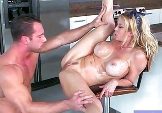 Hard Intercorse Tape With Sexy Busty Wife mov-02
