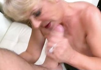 experienced GILF fucking and sucking