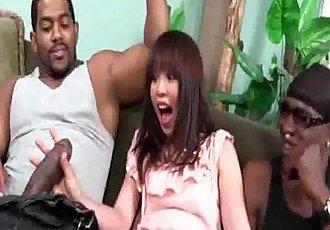 亞洲 吸吮 一個 對 的 掛 黑色的 男子 - 5 min