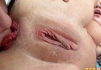 PervCity 亞洲 和 金發女郎 肛門 三人行 - 10 min hd