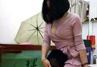 中国 女性主导 377 - 21 min