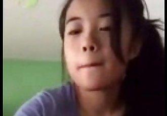 自拍 年轻的 亚洲 女孩 显示 手淫 - 2 min