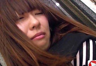 Kotono Watase 她的 第一 专业的 摸索 hd 色情 - 13 min