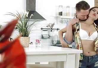 休閑 青少年 性愛 - 第一 YouPorn 日期 性愛 管 與 Redtube 熱 teenporn - 8 min hd
