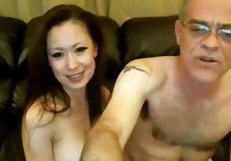 旧 人 和 中国 女孩 上 网络摄像头 - 19 min