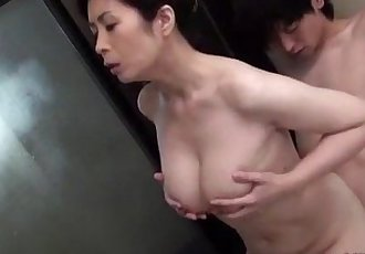 Busty Milf Sucking Young Guy Getting Her Hairy Pussy Fingered In The Bathtube