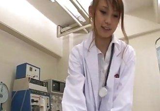 角質 護士 模特兒?原友 Arisa 讓 她的 男性 患者 一個 不尋常的 性 考試 - 5 min