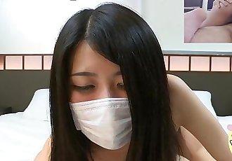 【Japanese Pure Amateur】 Skinny Teen Student Creampie(Shizuka 18yo)
