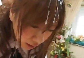 美麗的 青少年 女仆 灰頭土臉 通過 很多 的 厚 男子 果汁 - 7 min