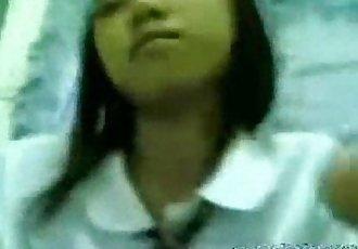 estudyante iniyot habang walang 陶 sa bahay - wwwkanortubecom - 3 min