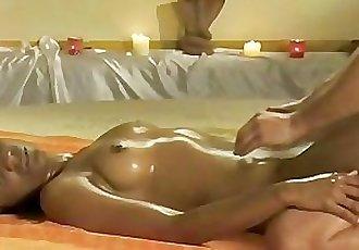 Advanced Yoni Massage