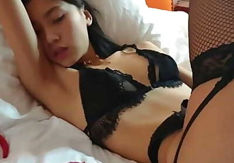 June Liu / SpicyGum - Bad Santa Fucking Hard an Asian Girl 刘玥