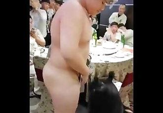 三陽熊熊被調戲 Sanyang Motor Taiwanese cub
