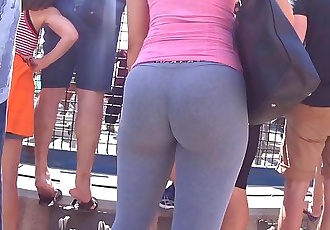 Sexy blonde perfect fit ass in yoga pants