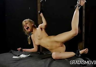 Teen Slave Pussy Spanked