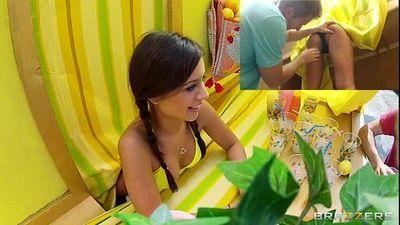 Lemonade - public sex, beautiful girl! - 2 min
