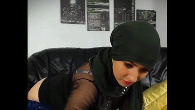 Hot muslim girl stripping n fingering hot round big ass - 2 min