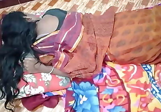 indian House wife sharing bed with her Husband friend when his husband deeply sleeping 10 min 720p