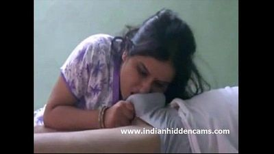 Indian Bhabhi Sucking Cock For Cumshot - 1 min 15 sec HD